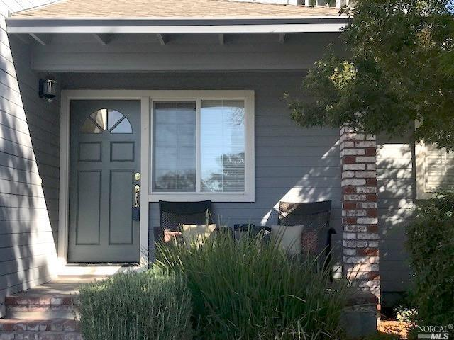 9233 Magnolia Way, Windsor, CA 95492 (#21801317) :: Andrew Lamb Real Estate Team