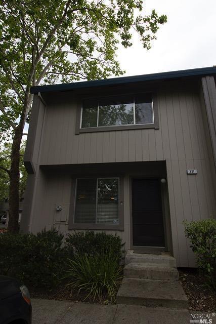 321 Harvest Lane, Santa Rosa, CA 95401 (#21812608) :: Ben Kinney Real Estate Team