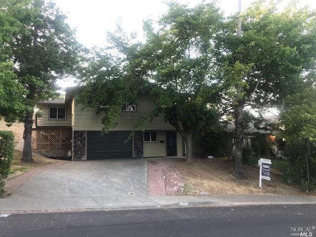 757 Wesley Avenue, Vacaville, CA 95688 (#21812653) :: Ben Kinney Real Estate Team