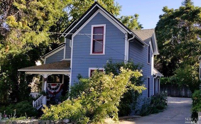 419 W Main Street, Grass Valley, CA 95945 (#21816249) :: Rapisarda Real Estate