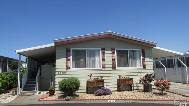 300 East H Street #43, Benicia, CA 94510 (#21816510) :: Rapisarda Real Estate