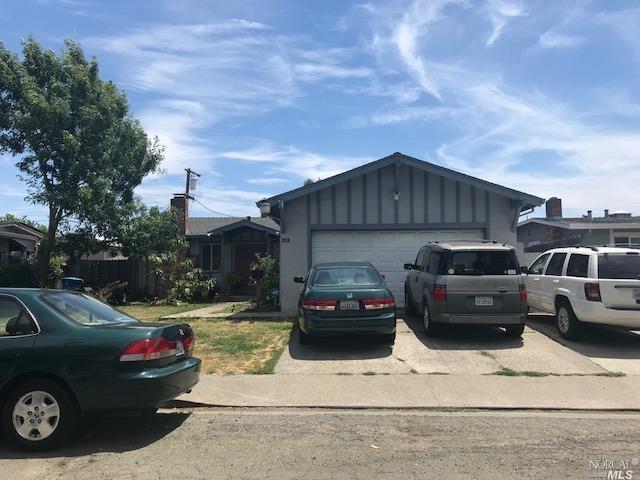 215 Rome Drive, Vallejo, CA 94589 (#21818203) :: Rapisarda Real Estate