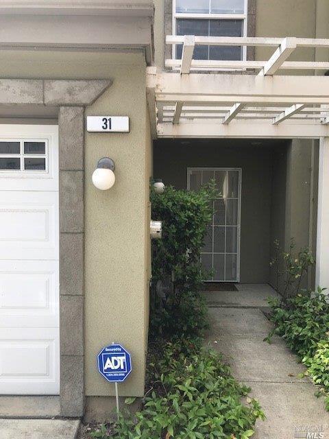 300 Locust Drive #31, Vallejo, CA 94591 (#21818278) :: Perisson Real Estate, Inc.