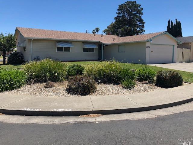 2008 Eagle Way, Fairfield, CA 94533 (#21818283) :: Perisson Real Estate, Inc.
