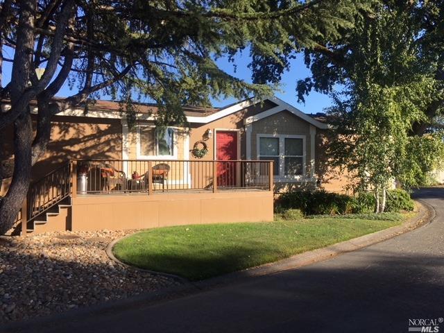 5752 Mobile Drive, Santa Rosa, CA 95403 (#21819487) :: Rapisarda Real Estate