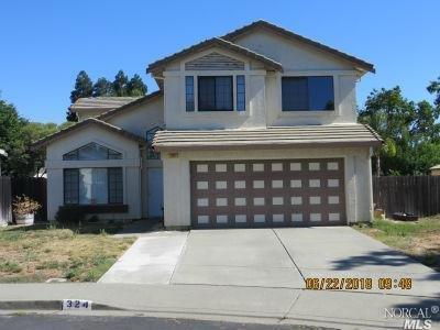 324 Essex Place, Vacaville, CA 95687 (#21823597) :: Ben Kinney Real Estate Team