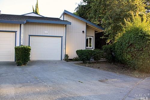 1915 Manor Place, Fairfield, CA 94533 (#21824337) :: W Real Estate | Luxury Team