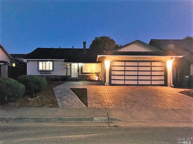 1716 Putnam Way, Petaluma, CA 94954 (#21825027) :: Ben Kinney Real Estate Team