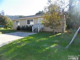 2943 Oak Crest Drive, Lucerne, CA 95458 (#21825030) :: Ben Kinney Real Estate Team