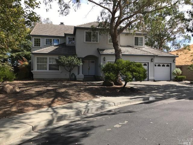 1225 Black Oak Court, Vacaville, CA 95687 (#21825830) :: Windermere Hulsey & Associates