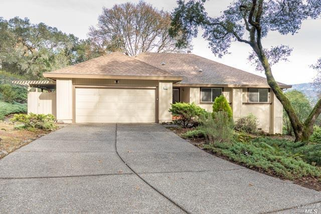 472 Woodley Place, Santa Rosa, CA 95409 (#21827986) :: Windermere Hulsey & Associates