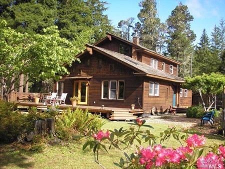 10325 Boom Road, Mendocino, CA 95460 (#21829092) :: Rapisarda Real Estate