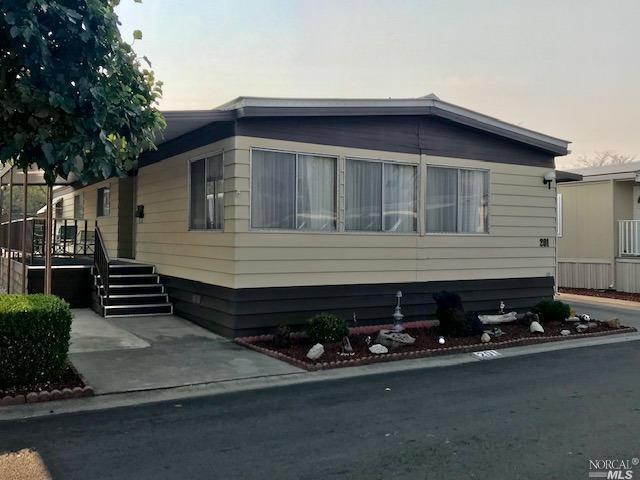 300 E H Street #201, Benicia, CA 94510 (#21829369) :: W Real Estate | Luxury Team