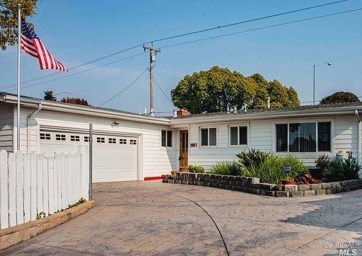 224 Ebbetts Pass Road, Vallejo, CA 94589 (#21829455) :: Rapisarda Real Estate