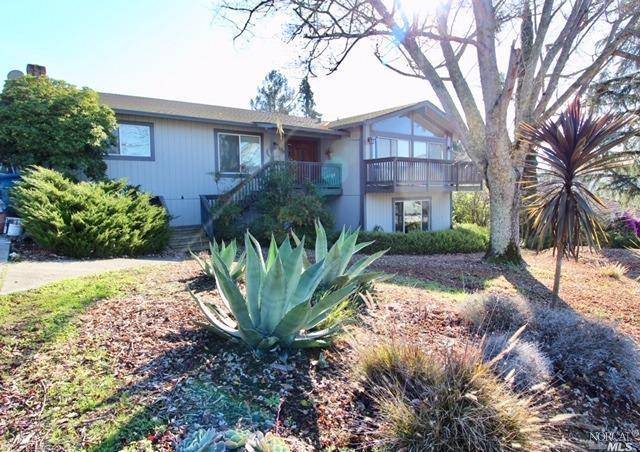 1818 San Ramon Way, Santa Rosa, CA 95409 (#21830884) :: W Real Estate | Luxury Team