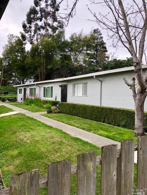 627 Hichborn Street, Vallejo, CA 94590 (#21902879) :: Ben Kinney Real Estate Team