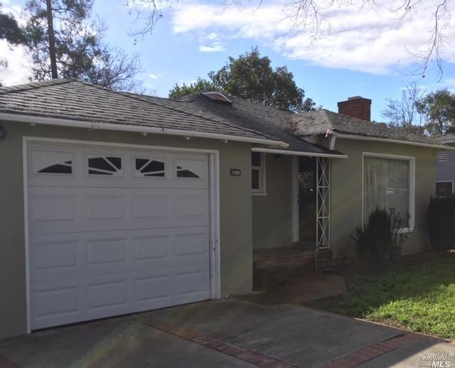 1329 Arkansas Street, Vallejo, CA 94590 (#21903045) :: RE/MAX GOLD