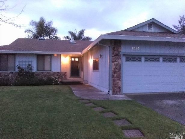 1019 Santa Cruz Way, Rohnert Park, CA 94928 (#21903269) :: Lisa Perotti | Zephyr Real Estate