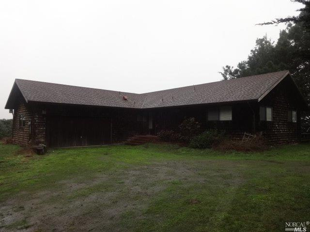 44300 Lighthouse Road, Point Arena, CA 95468 (#21906700) :: Michael Hulsey & Associates