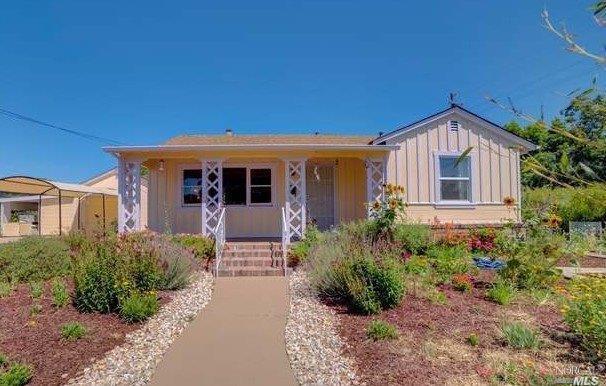 1069 Stevenson Street, Santa Rosa, CA 95404 (#21909141) :: Lisa Perotti | Zephyr Real Estate