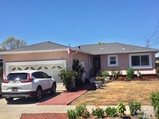 1115 E Poplar Avenue, San Mateo, CA 94401 (#21909562) :: Michael Hulsey & Associates