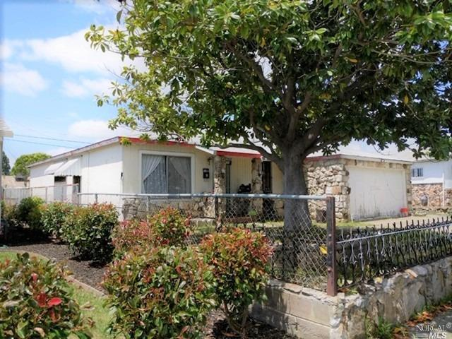 177 Simonton Street, Vallejo, CA 94589 (#21912388) :: Lisa Imhoff | Coldwell Banker Kappel Gateway Realty