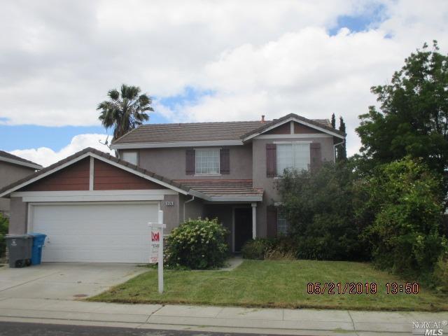 2175 Moore Drive, Dixon, CA 95620 (#21912390) :: Rapisarda Real Estate