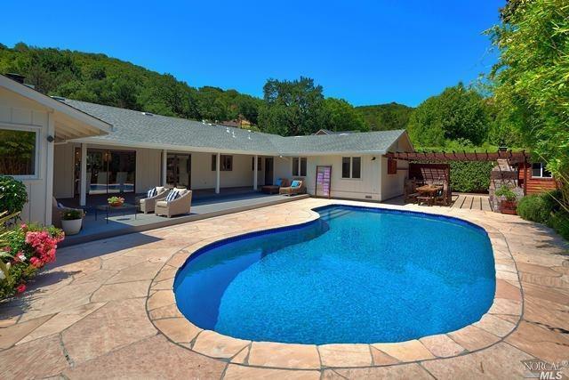 39 Dutch Valley Lane, San Anselmo, CA 94960 (#21914247) :: Lisa Perotti | Zephyr Real Estate
