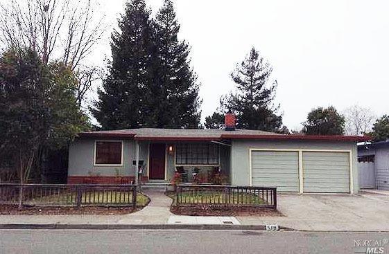 519 Corlano Avenue, Santa Rosa, CA 95404 (#21915371) :: Rapisarda Real Estate