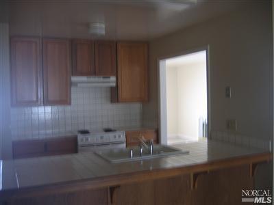 1036 Flicker Lane, Fairfield, CA 94533 (#21917938) :: Rapisarda Real Estate