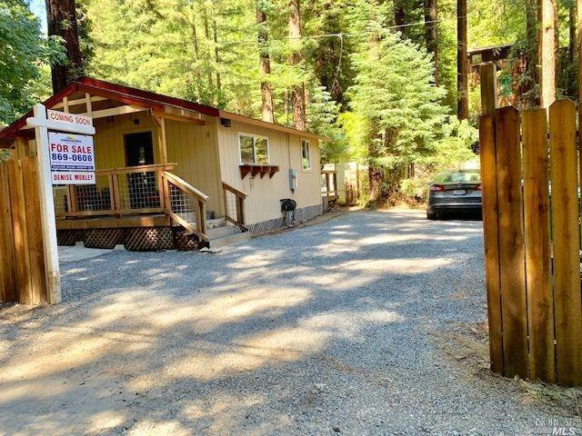 15285 Willow Road, Guerneville, CA 95446 (#21918127) :: RE/MAX GOLD