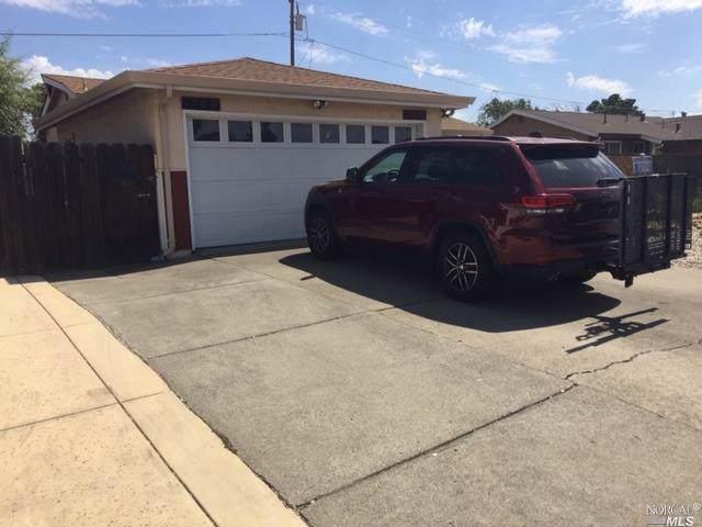 1700 Dover Avenue, Fairfield, CA 94533 (#21923965) :: Rapisarda Real Estate