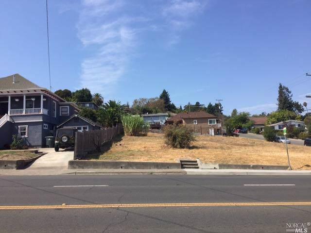 1909 Sacramento Street, Vallejo, CA 94590 (#21926359) :: Rapisarda Real Estate