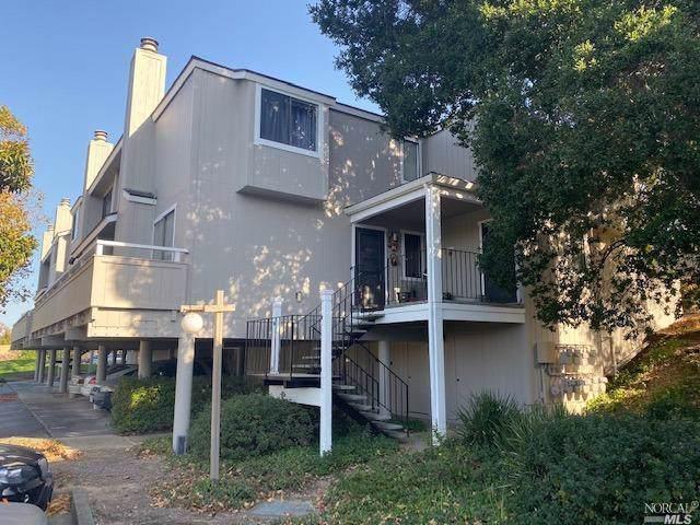 17 Lakeview Court, Novato, CA 94947 (#21926760) :: Intero Real Estate Services
