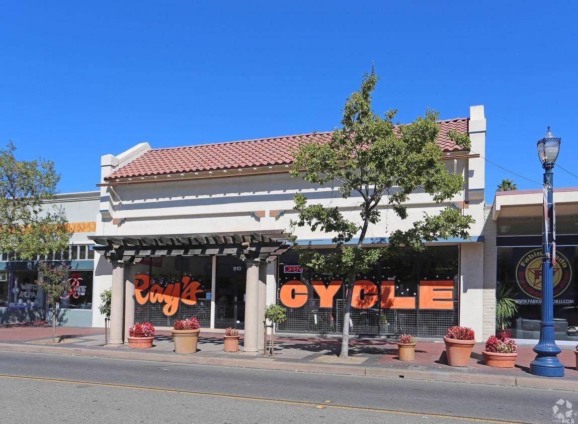 910 Texas Street - Photo 1