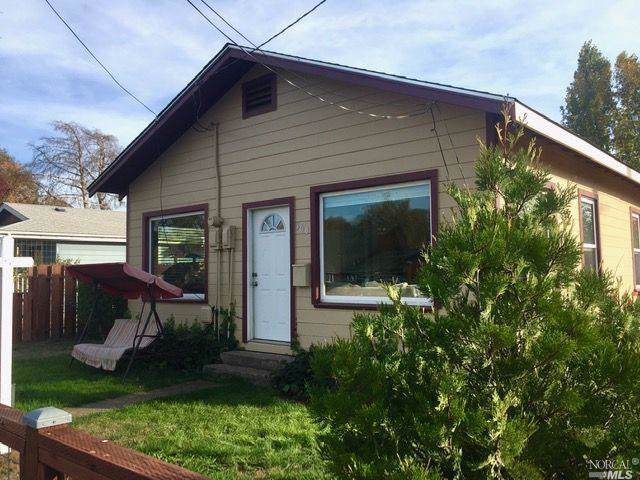 309 E Valley Street, Willits, CA 95490 (#21927825) :: RE/MAX GOLD
