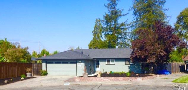 2411 Pomo Court, Santa Rosa, CA 95403 (#21928557) :: Rapisarda Real Estate
