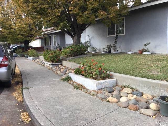 1766 Barton Drive, Fairfield, CA 94534 (#21929129) :: Rapisarda Real Estate