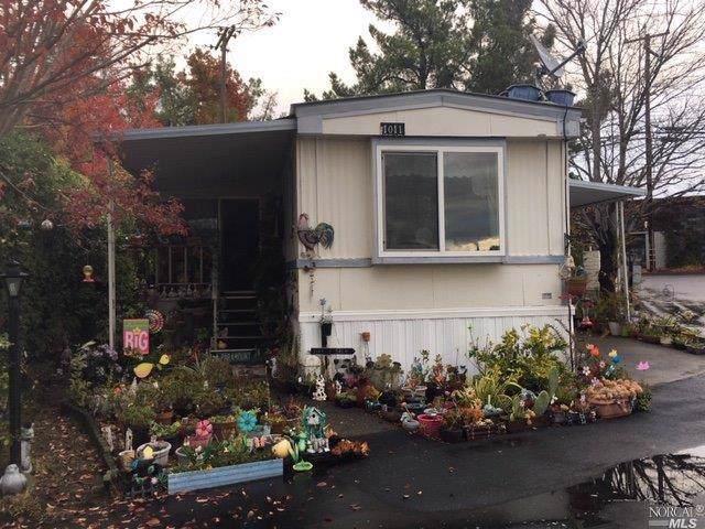 1011 Elm Street, Windsor, CA 95492 (#21929803) :: Team O'Brien Real Estate