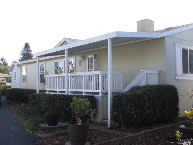 70 Candlewood Drive, Petaluma, CA 94954 (#21930778) :: Rapisarda Real Estate