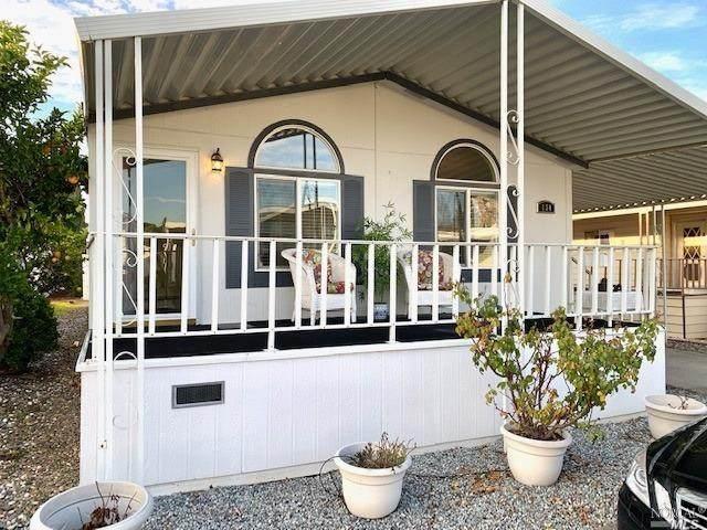 300 E H Street #134, Benicia, CA 94510 (#22002842) :: Rapisarda Real Estate