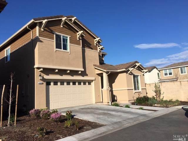 1722 Kenwood Place, Rohnert Park, CA 94928 (#22010238) :: Lisa Perotti | Corcoran Global Living