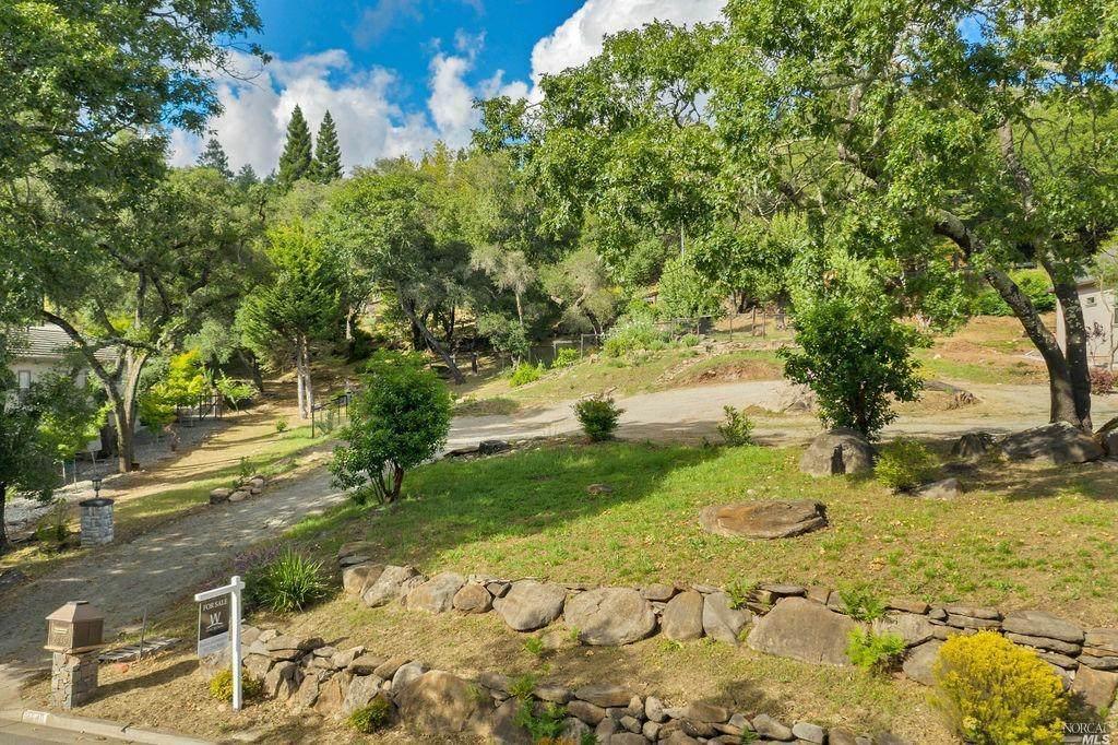 2040 Bent Tree Place - Photo 1