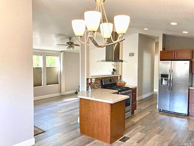 49 Yosemite Road, San Rafael, CA 94903 (#22023457) :: Team O'Brien Real Estate