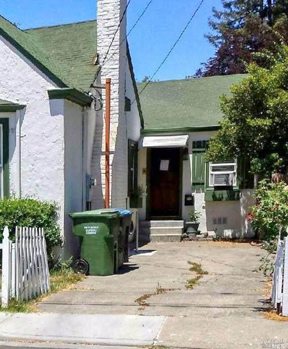 625-B Dexter Street - Photo 1