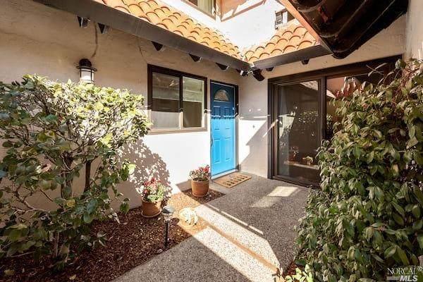 83 Grande Paseo, San Rafael, CA 94903 (#321005687) :: Team O'Brien Real Estate