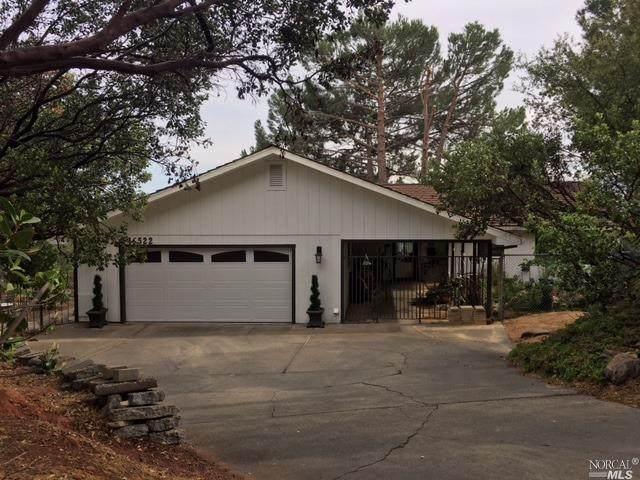 16522 Ridgecrest Court, Hidden Valley Lake, CA 95467 (#321031786) :: Intero Real Estate Services