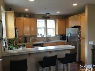 160 Windsor River Road, Windsor, CA 95492 (#321025294) :: Hiraeth Homes