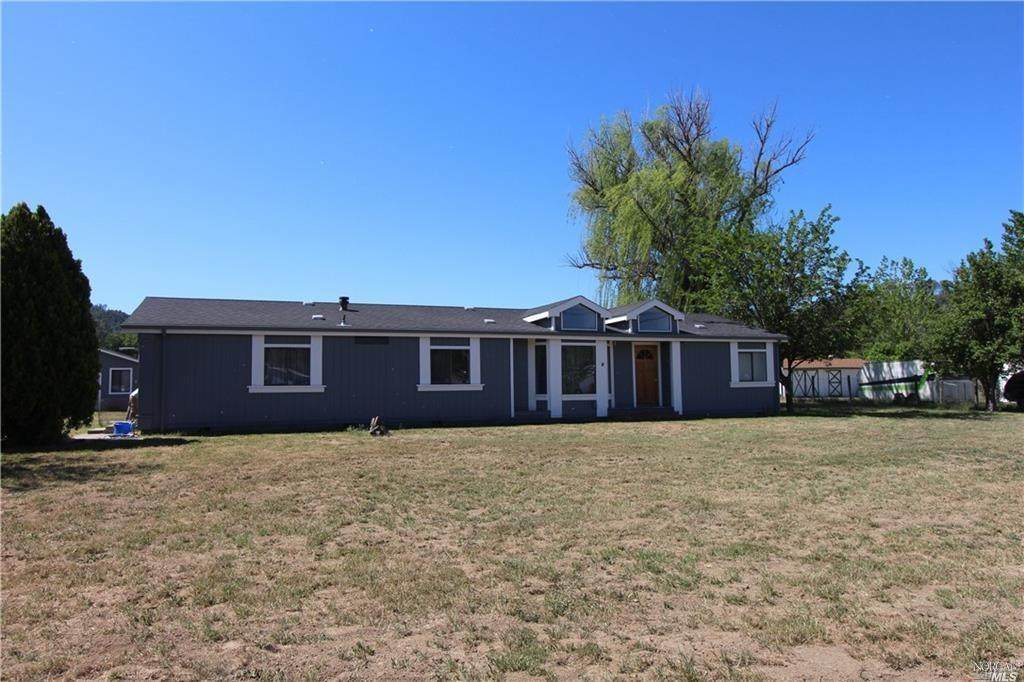 15863 Lawrence Road - Photo 1