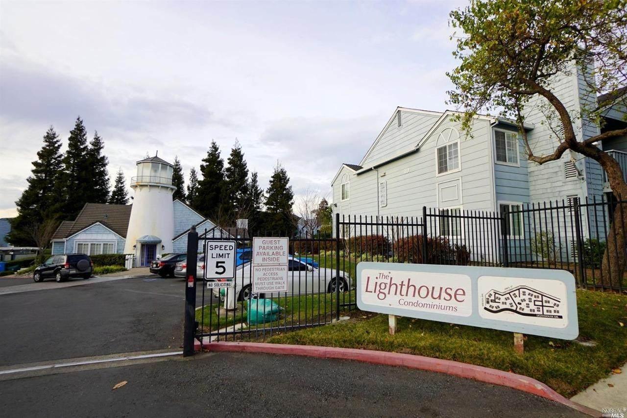 285 Lighthouse Drive - Photo 1